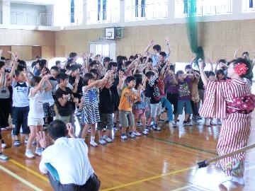スクールコンサート in 対馬市立西小学校