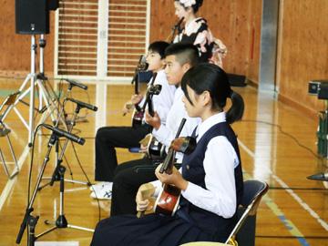 スクールコンサート in 対馬市立大船越小学校・中学校