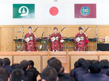 学校と地域を結ぶコンサート
