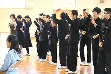 学校と地域を結ぶコンサート in 西米良村