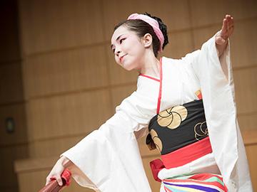 英聖秀(英流日本舞踊)